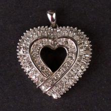 Ladies Heart Pendant in White 10K Gold with Diamonds