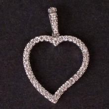 Ladies Heart Pendant in White 14K Gold with Diamonds