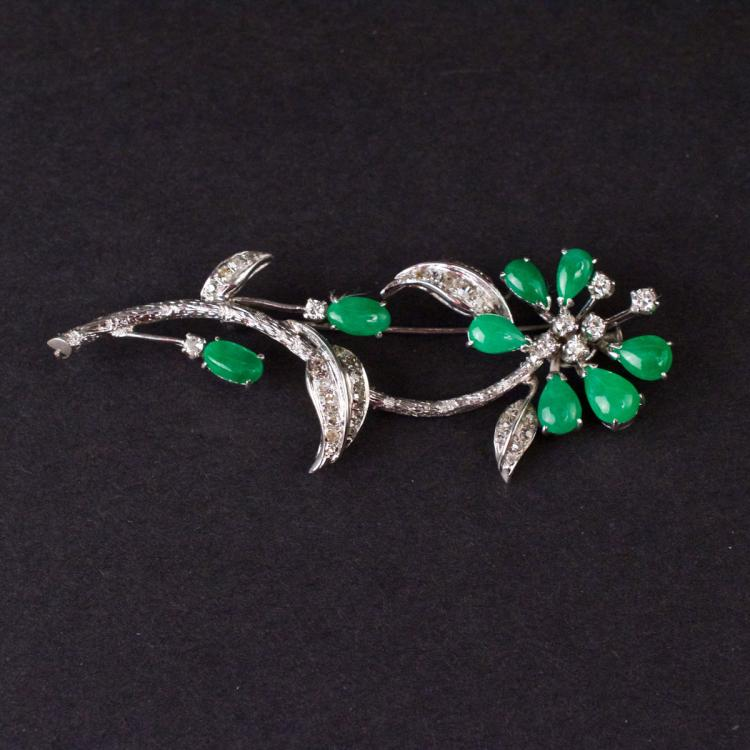 Flower Brooch in White 14K Gold with Diamonds and Jades