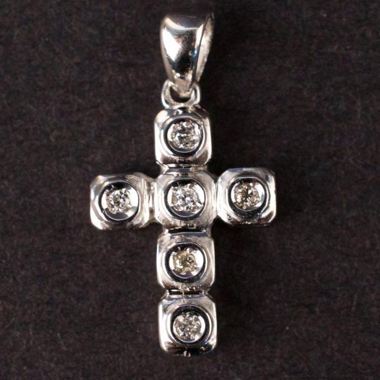 Unisex Cross Pendant in White 10K Gold with Diamonds