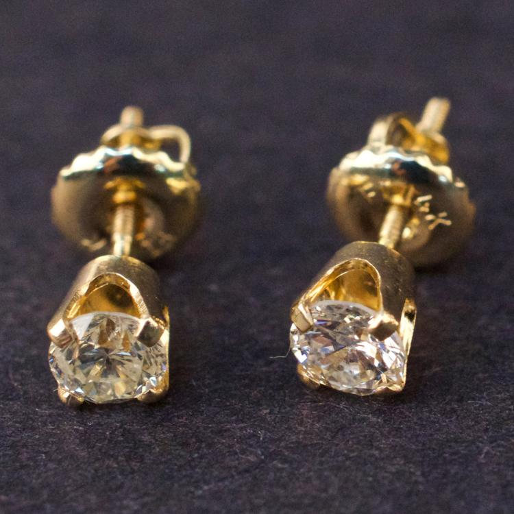 Ladies Earrings in Yellow 14K Gold with Diamonds