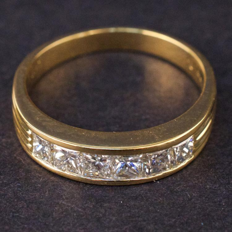 Ladies Semi Eternity Ring in Yellow 18K Gold with Diamonds