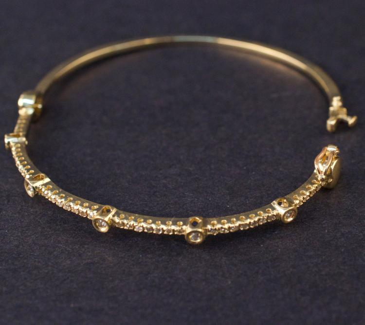 Ladies Bracelet in Yellow 14K Gold with Diamonds