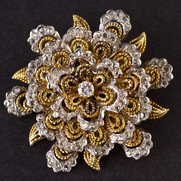 Vintage Brooch in Yellow and White 18K Gold with Diamonds