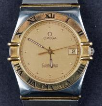 Vintage Omega Constellation Chronometre Quartz Cal.1431 Wristwatch with 18 Kt Bezel