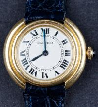Vintage 1967 Cartier Vendome Ladies Dress watch in 18 Kt Gold