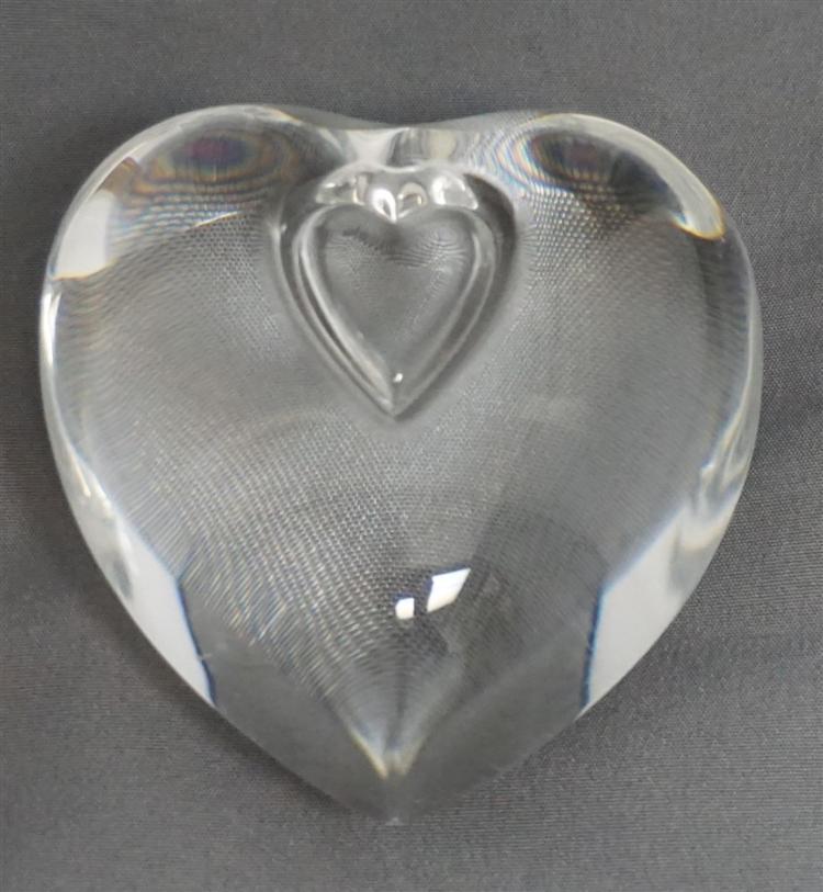 STEUBEN SIGNED GLASS HEART PAPERWEIGHT