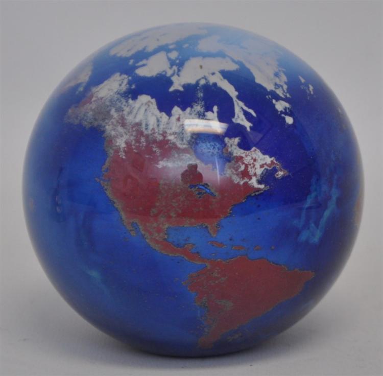 JAMES LUNDBERG STUDIOS WORLDWEIGHT