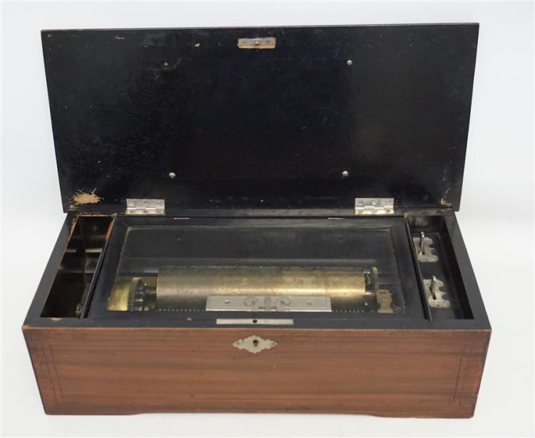 ANTIQUE 19TH C. SWISS MUSIC BOX