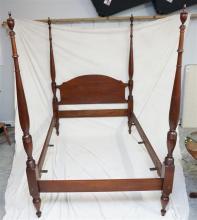 CRAFTIQUE FOUR POSTER MAHOGANY BED