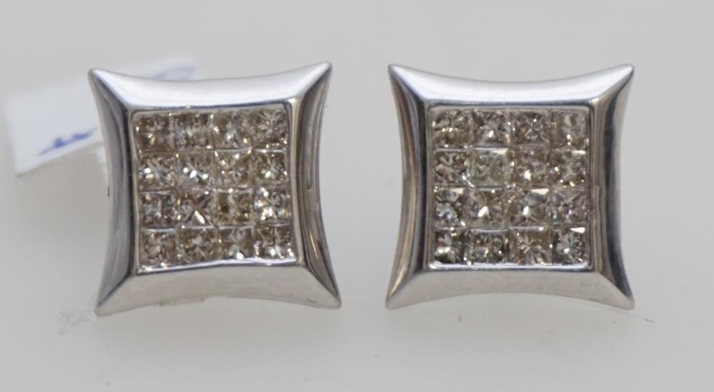 1.32 CTS/TW PRINCESS CUT DIAMOND CLUSTER EARRINGS