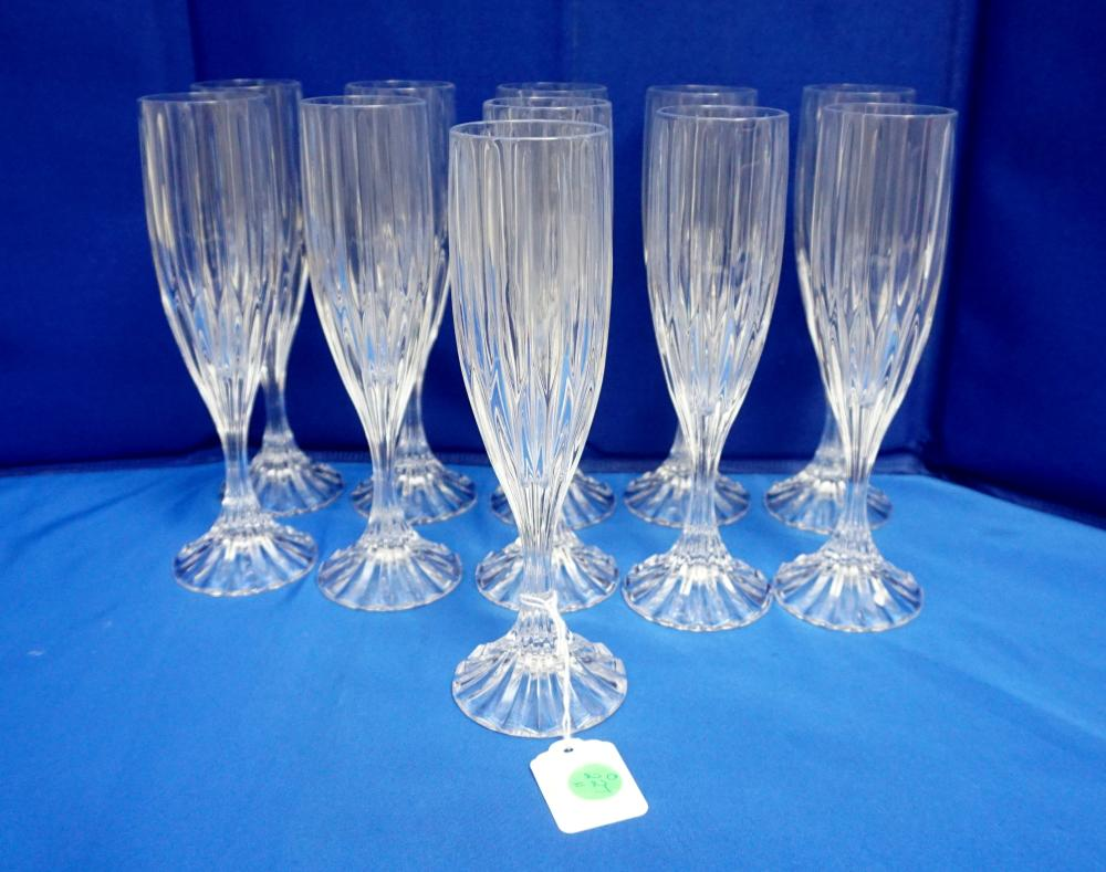 11 MIKASA BLOWN GLASS FLUTED CHAMPAGNE