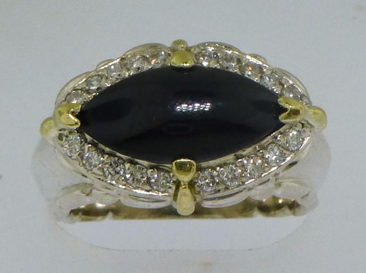 18KT GOLD & STERLING SILVER ONYX & DIAMOND RING (10.00 GRAMS)