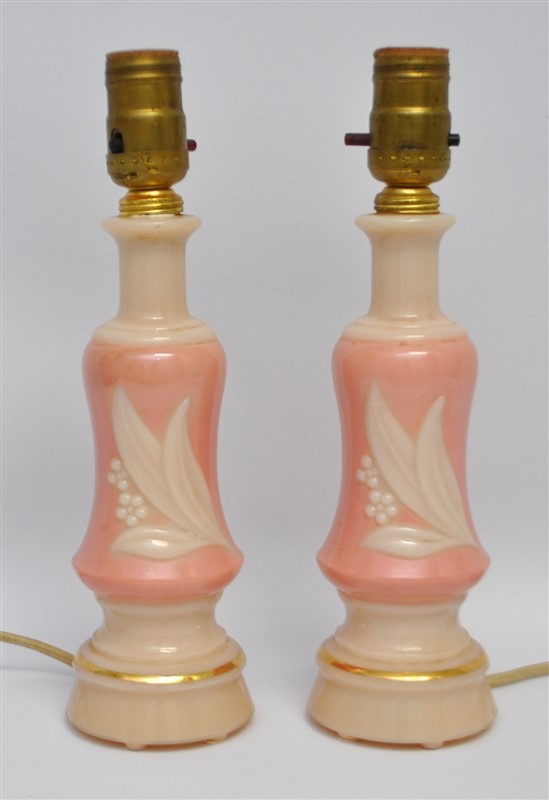 PAIR ALADDIN ALACITE PINK LILY OF THE VALLEY ELECTRIC DESK / TABLE LAMP
