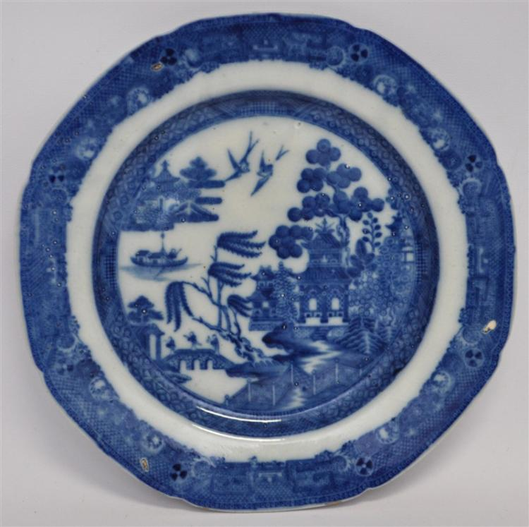 EARLY c. 1810 BLUE WILLOW LONG BRIDGE PLATE