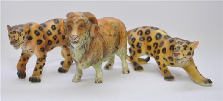 3 VINTAGE PORCELAIN LEOPARDS / BIG HORN SHEEP