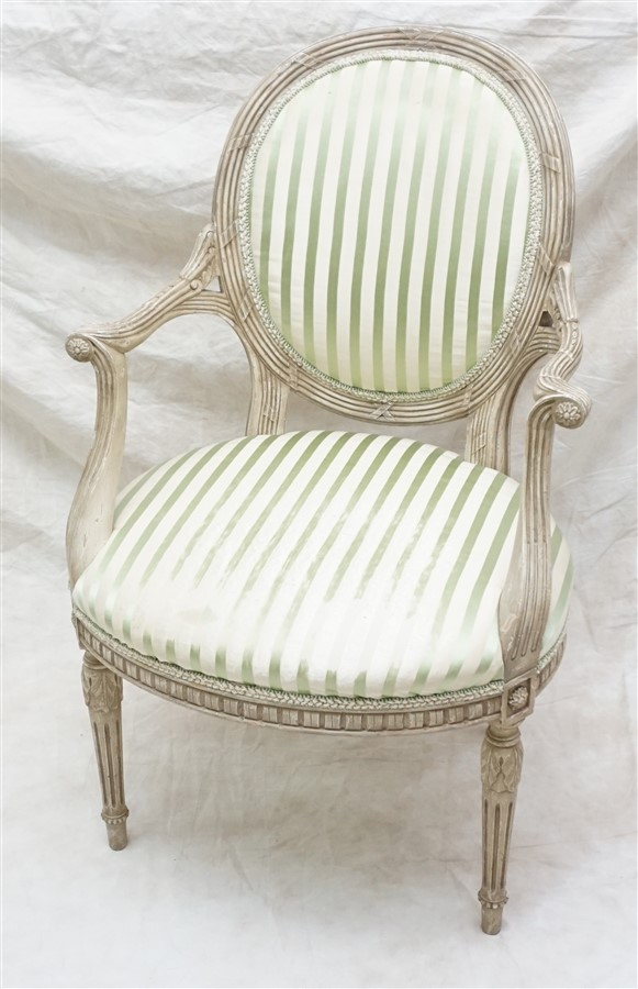 Beacon Hill Old Colony Arm Chair