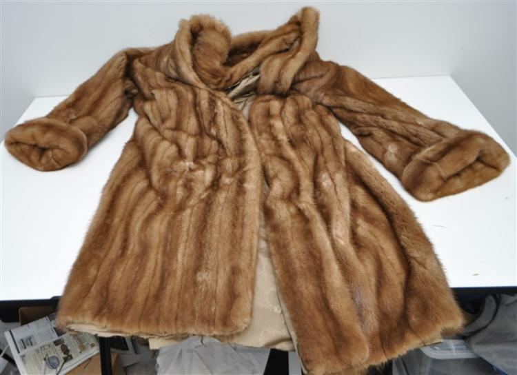 FULL LENGTH CLASSIC MINK COAT 5TH AVENUE