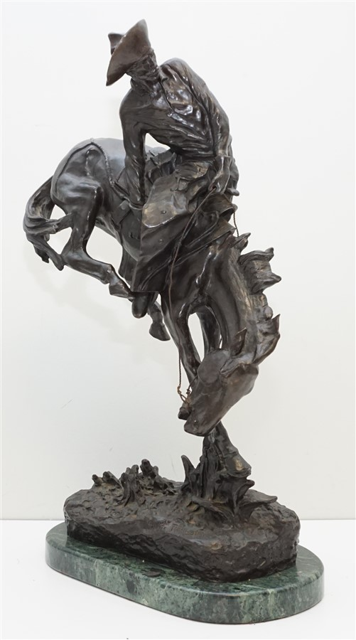 """EARLY FREDERIC REMINGTON """"OUTLAW"""" BRONZE"""