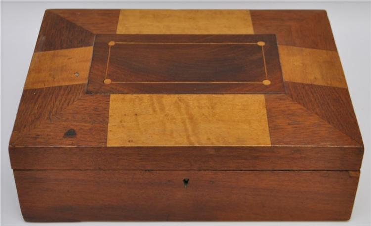 ANTIQUE INLAID MARQUETRY WOOD BOX 19th c.