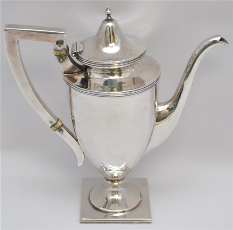 AMERICAN STERLING SILVER 1904 EDWARDIAN COFFEE POT