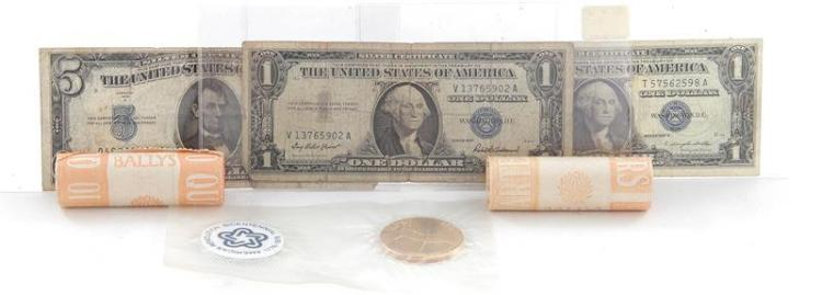 †Collection US silver certificates and Bally's $10 quarter roll coins (4pcs + 2 quarter rolls)
