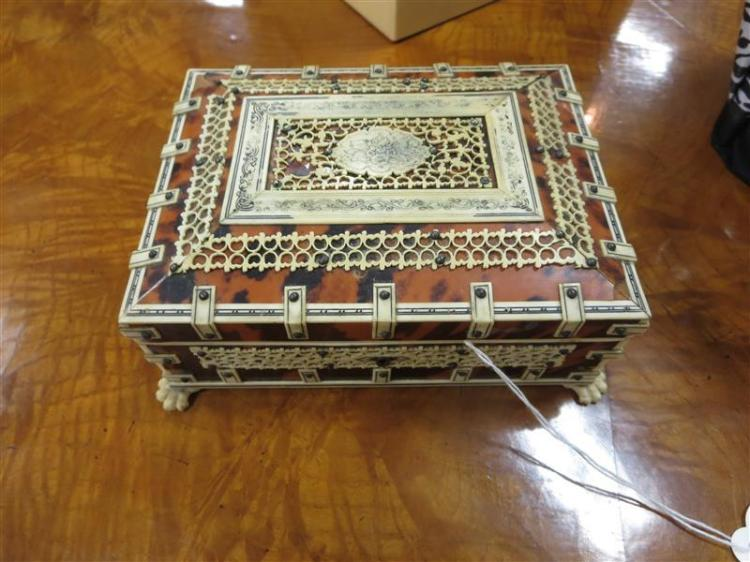Anglo-Indian stained bone and wood trinket box