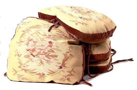 Aubusson seat cushions (4pcs)