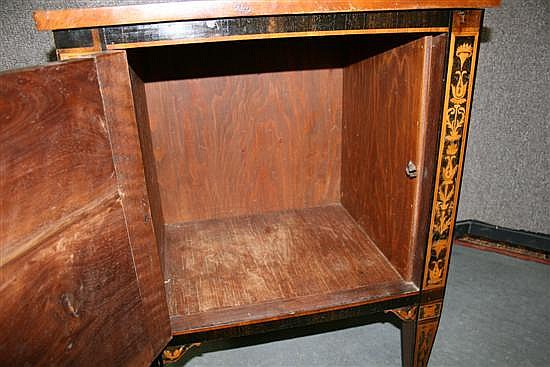 Pair Italian Neoclassical style marquetry inlaid walnut commodes (2pcs)