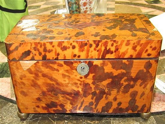 Chinoiserie-decorated shell double tea caddy