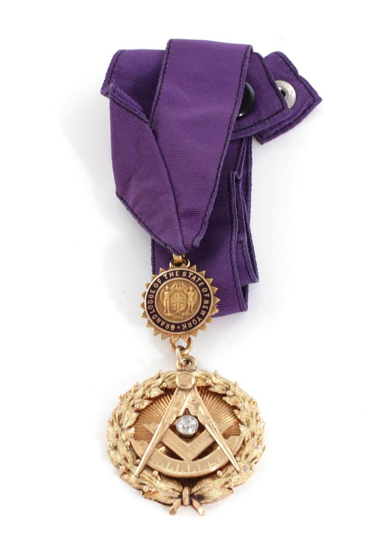 Masonic diamond and gold pendant, New York State Grand Lodge