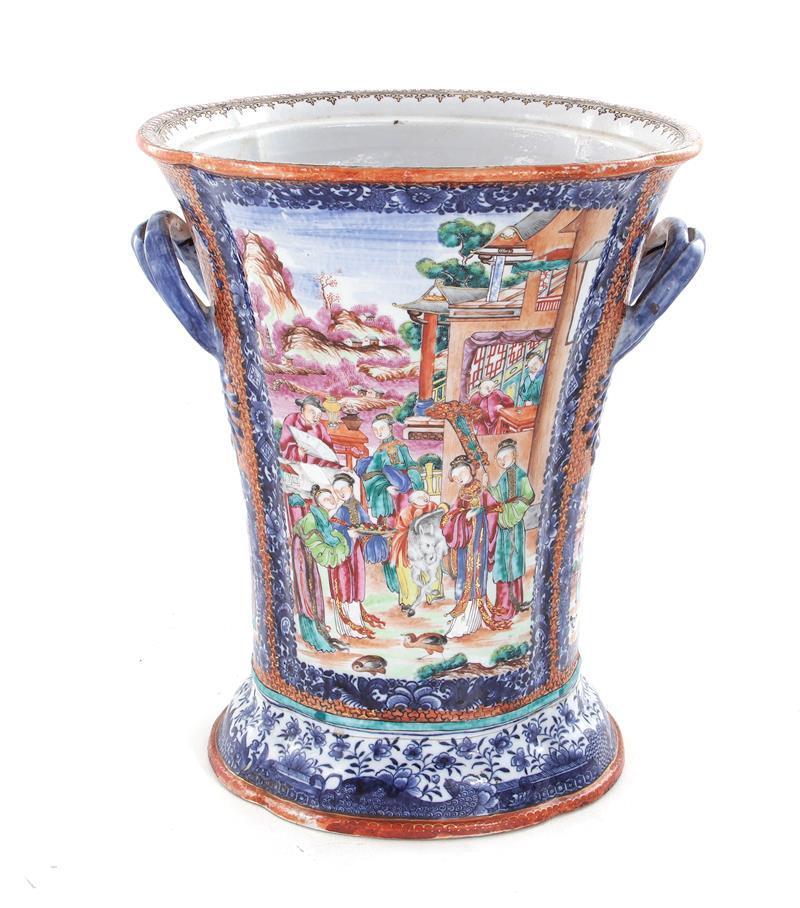 Massive Chinese Export porcelain vase
