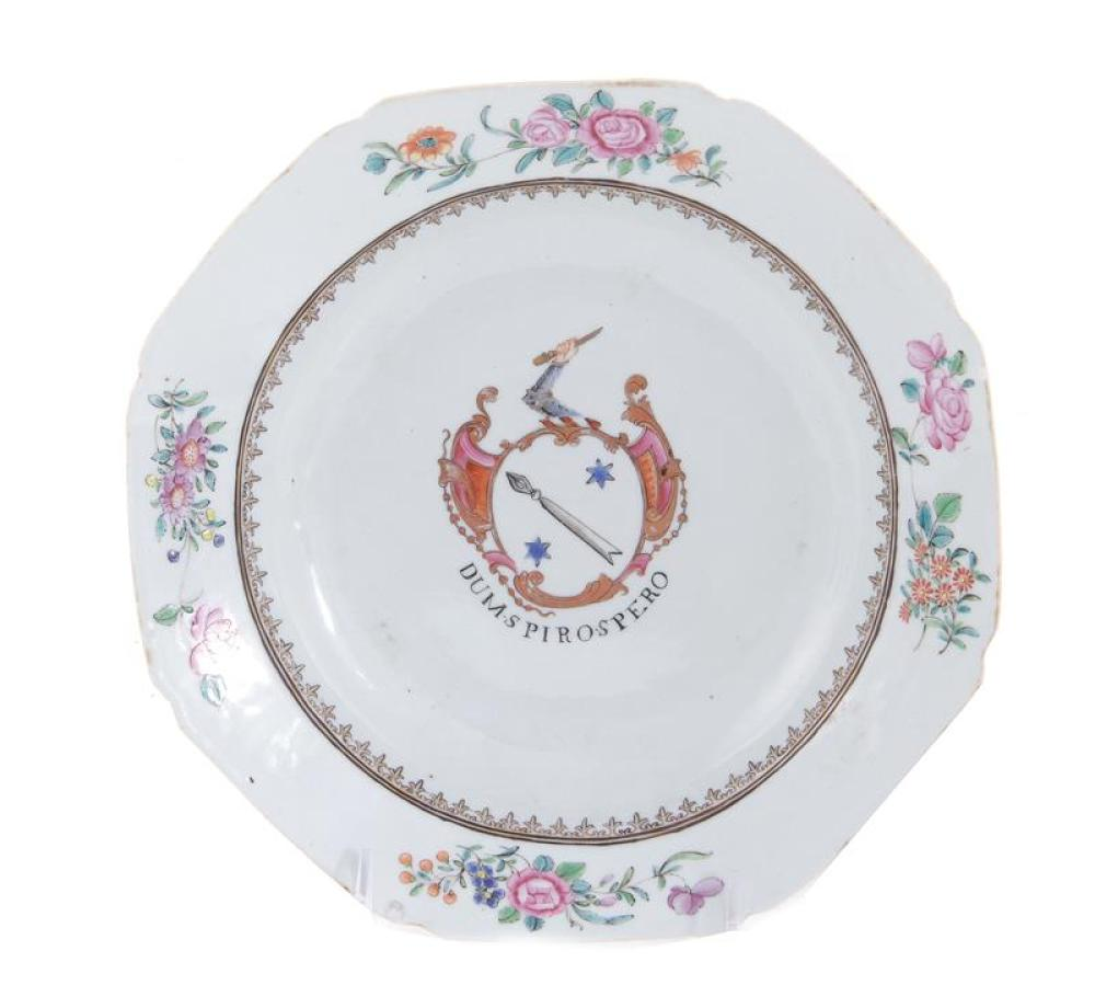 Chinese armorial porcelain soup plate, Scottish arms of Auchmuty