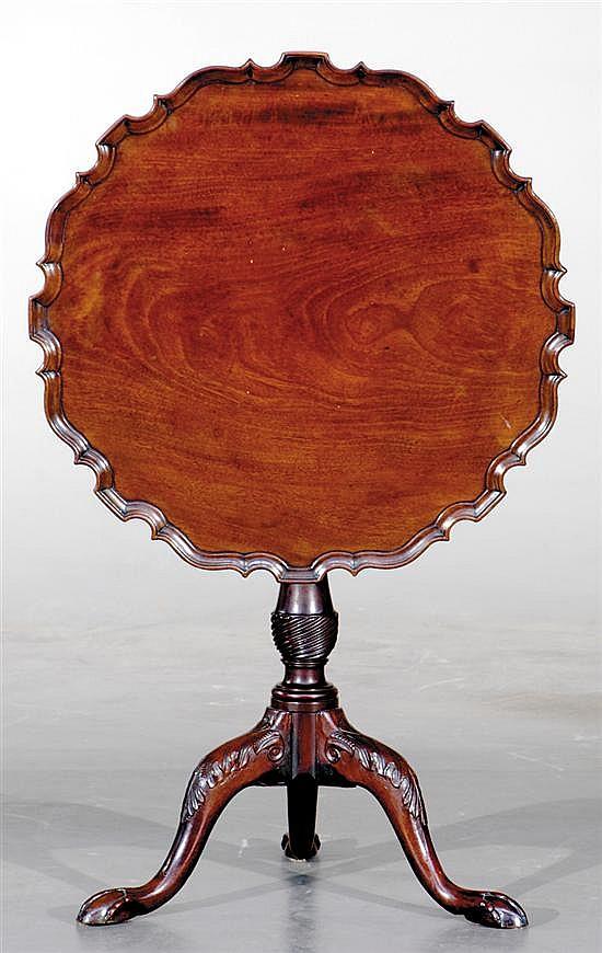 Georgian mahogany tilt-top table