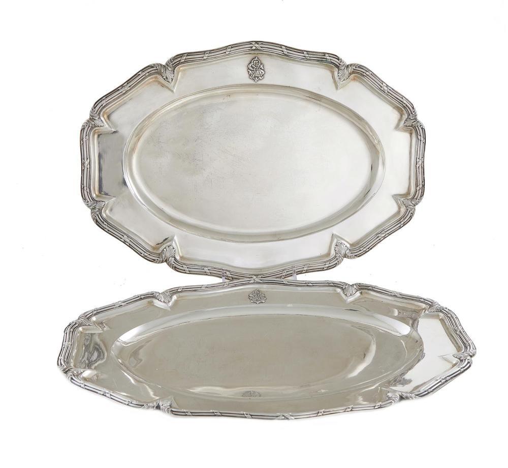 Pair Russian silver meat platters (2pcs)