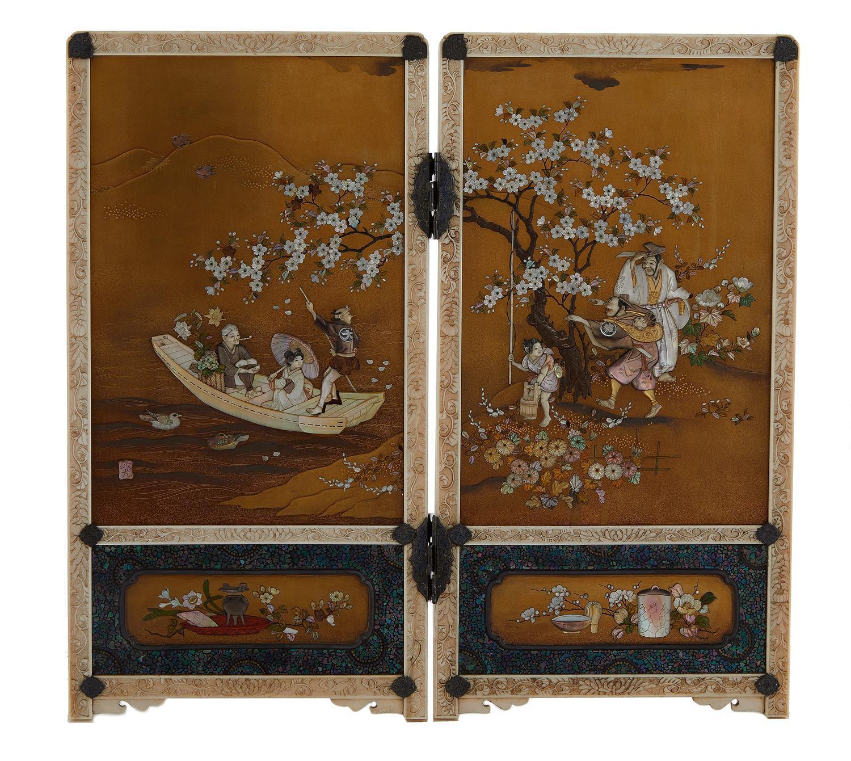 Fine Japanese two-panel shibayama screen, signed