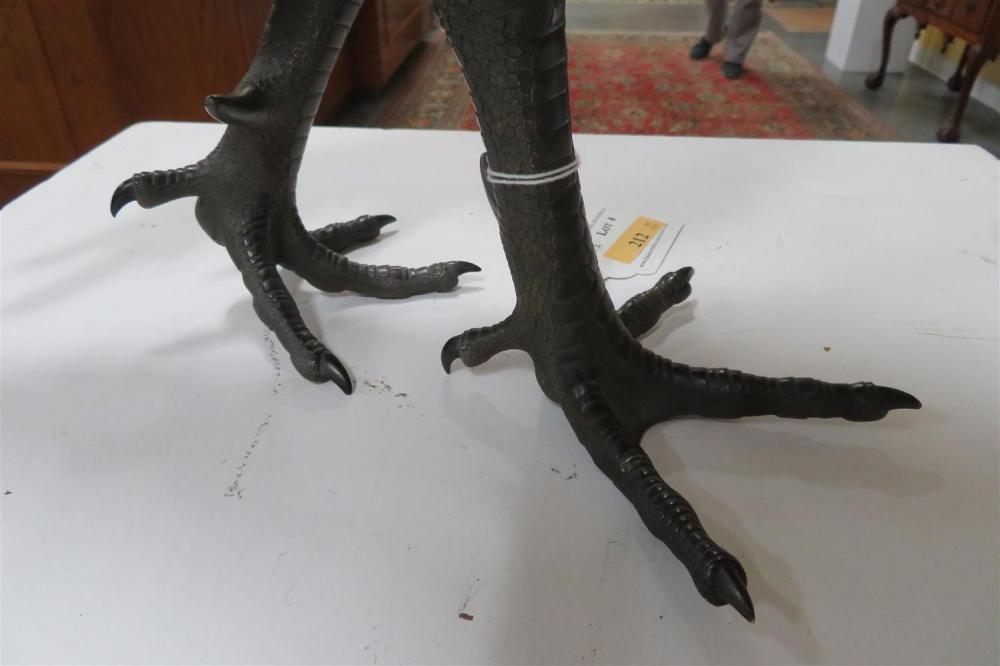 Japanese patinated bronze gamecock, Seiunsai Masayoshi