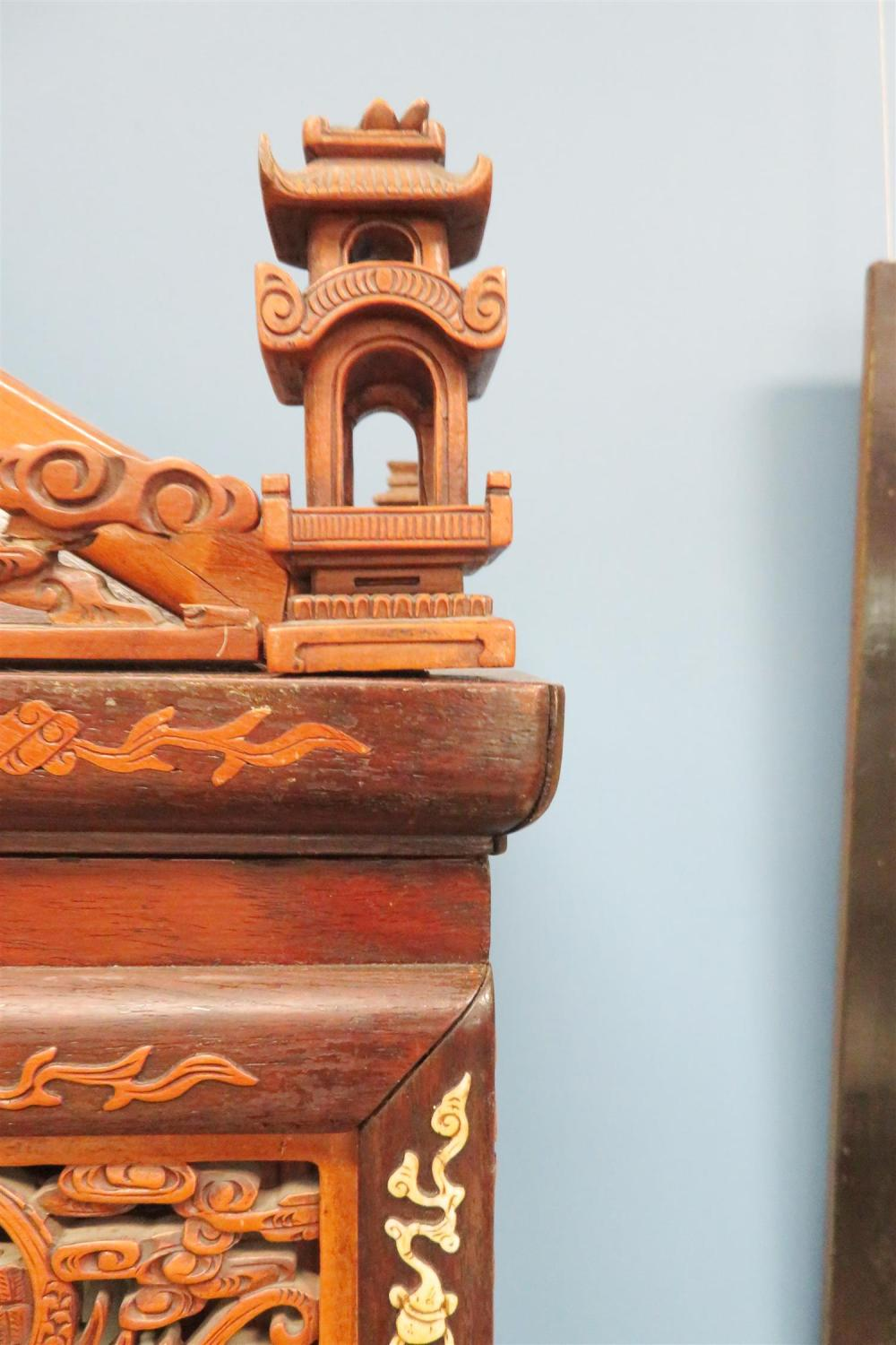 Chinese inlaid and carved shelves