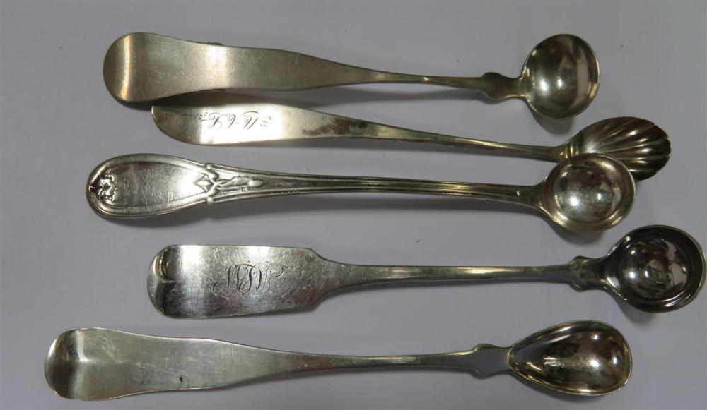 American coin silver salt spoons and mustard ladles (30pcs)