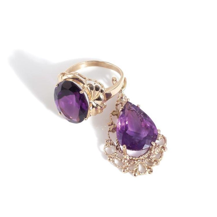 Amethyst and gold pendant and ring (2pcs)