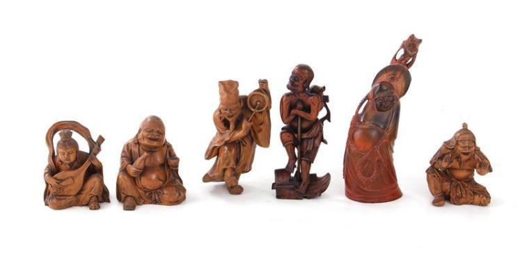 Chinese carved wood and horn figures (6pcs)