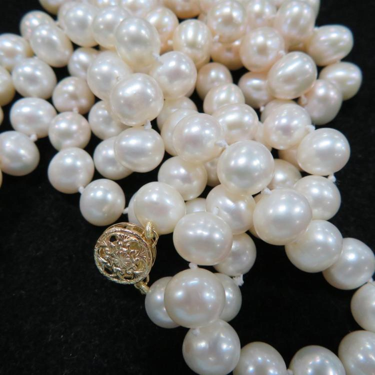 Double strand of pearls