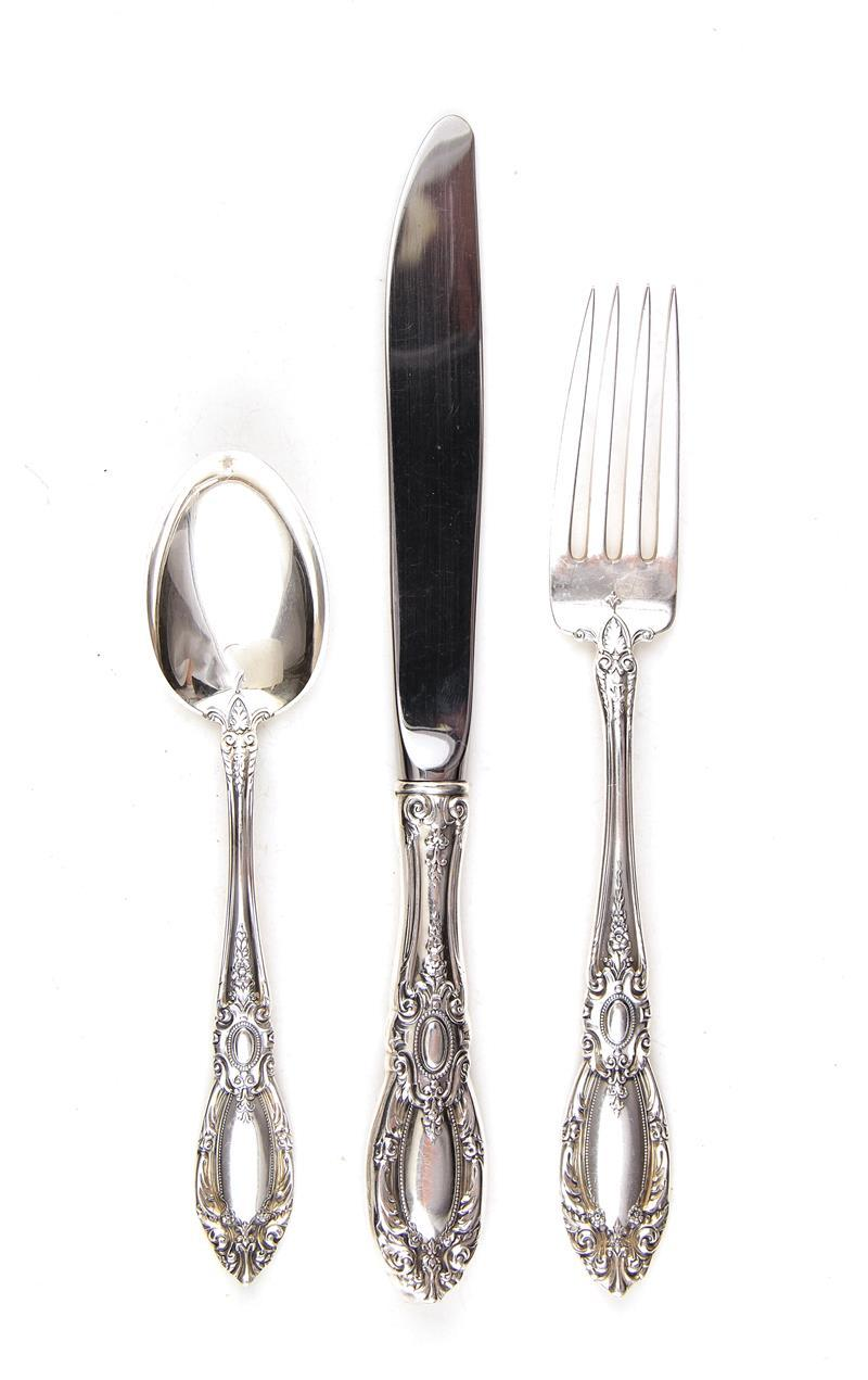 Towle King Richard silver luncheon service (48pcs)