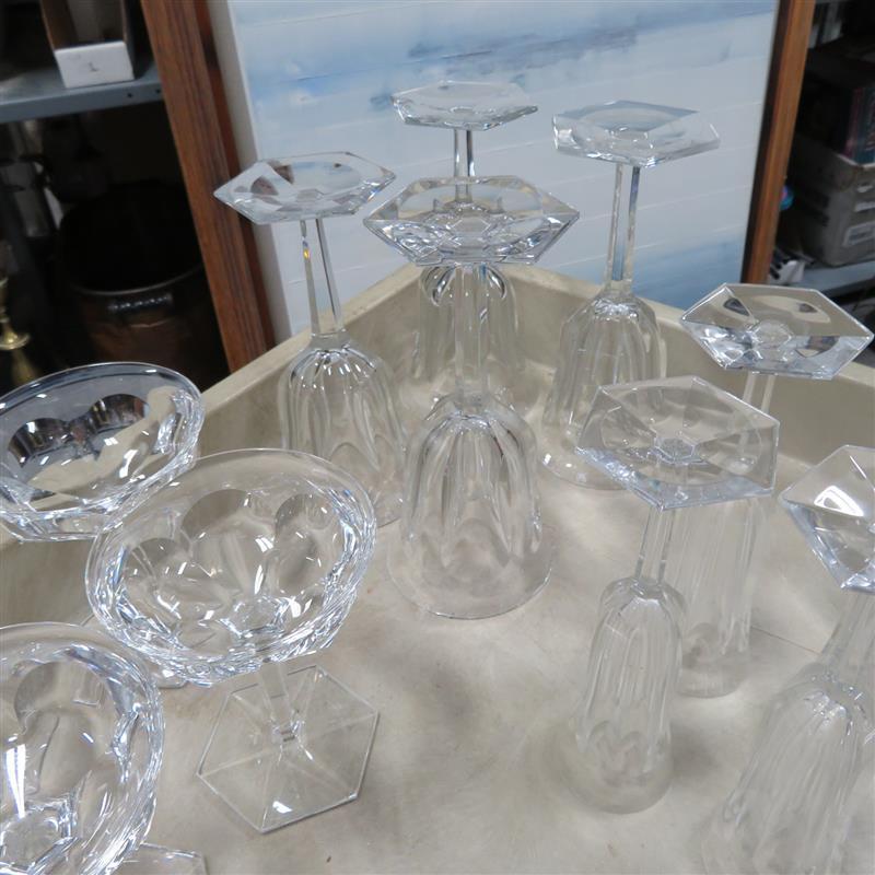 Baccarat Harcourt crystal stemware (34pcs)