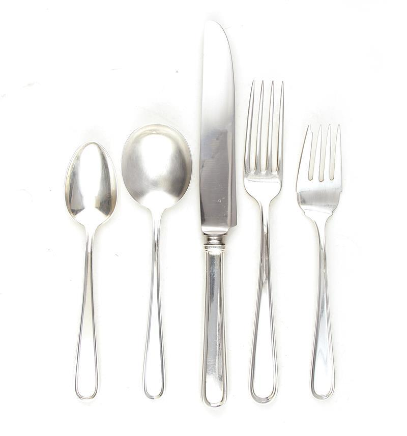 Kirk & Son Calvert pattern sterling flatware and serving pieces (79pcs)