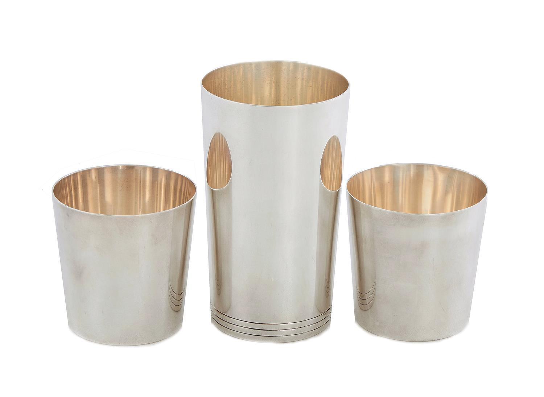 American silver beakers, Tiffany & Co (3pcs)