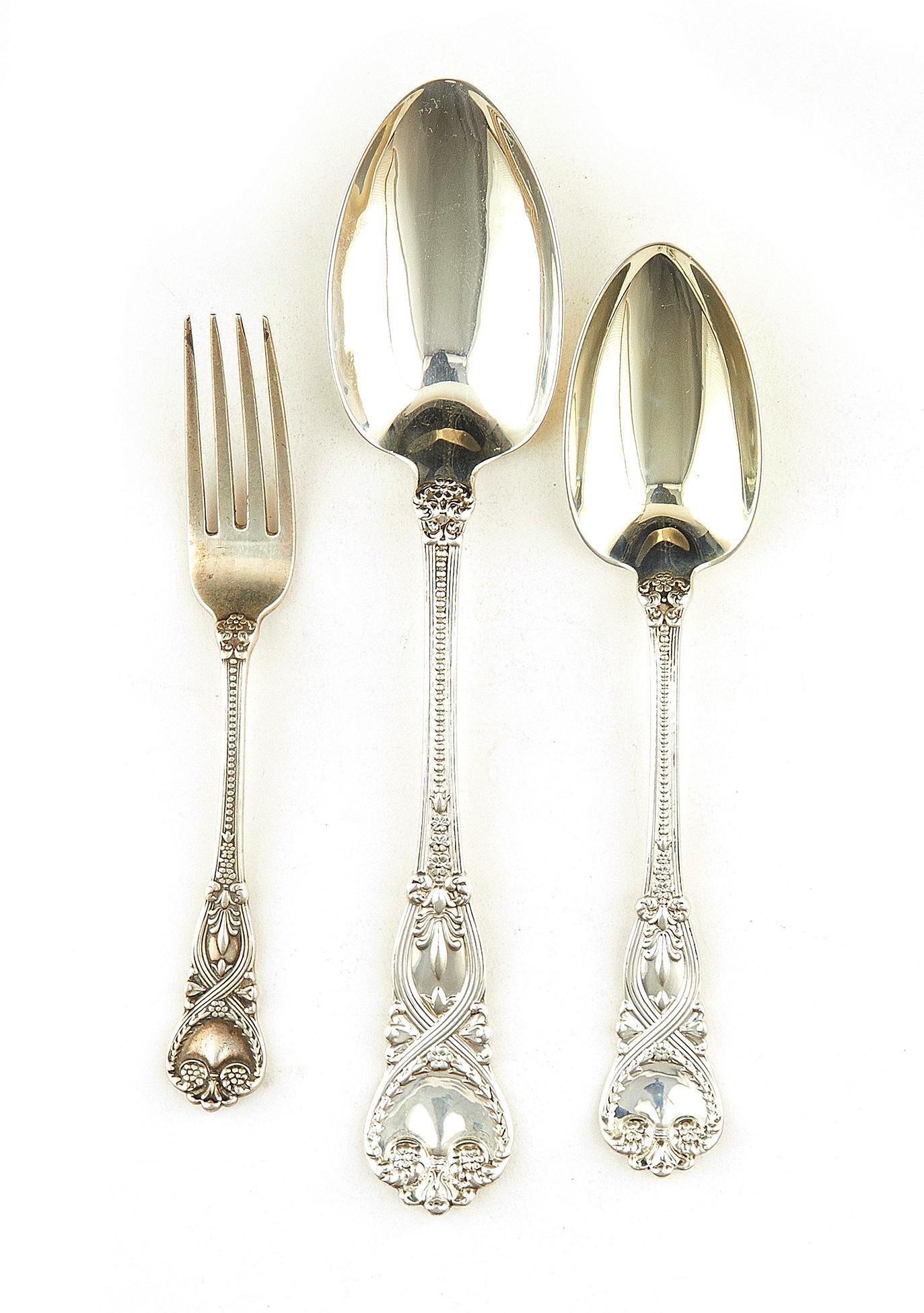 American silver flatware items, Tiffany & Co (8pcs)
