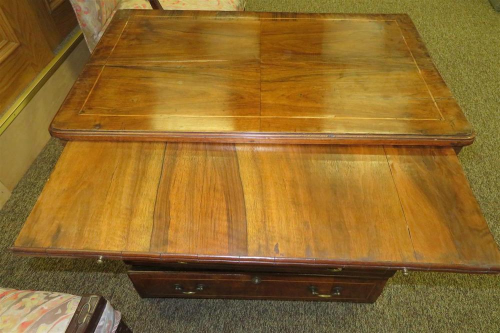 Fine Georgian inlaid walnut bachelor's chest