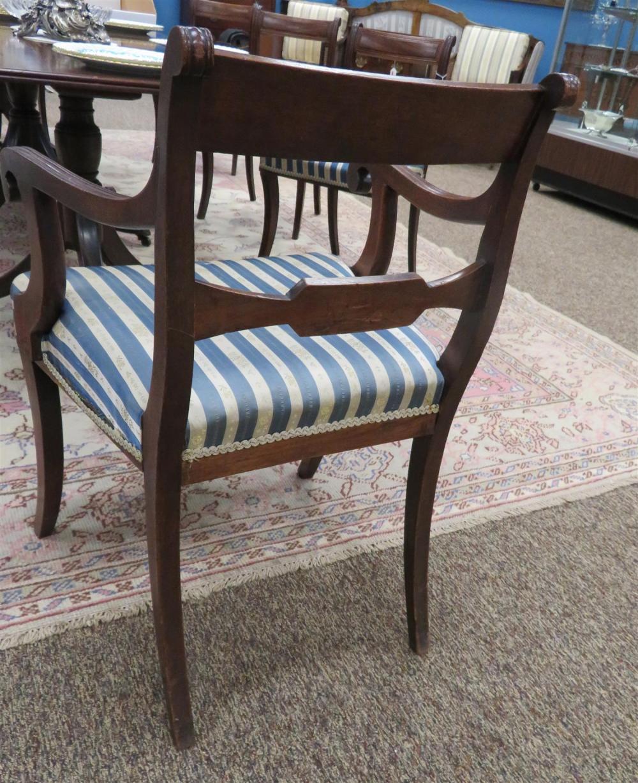Regency carved mahogany dining chairs (8pcs)