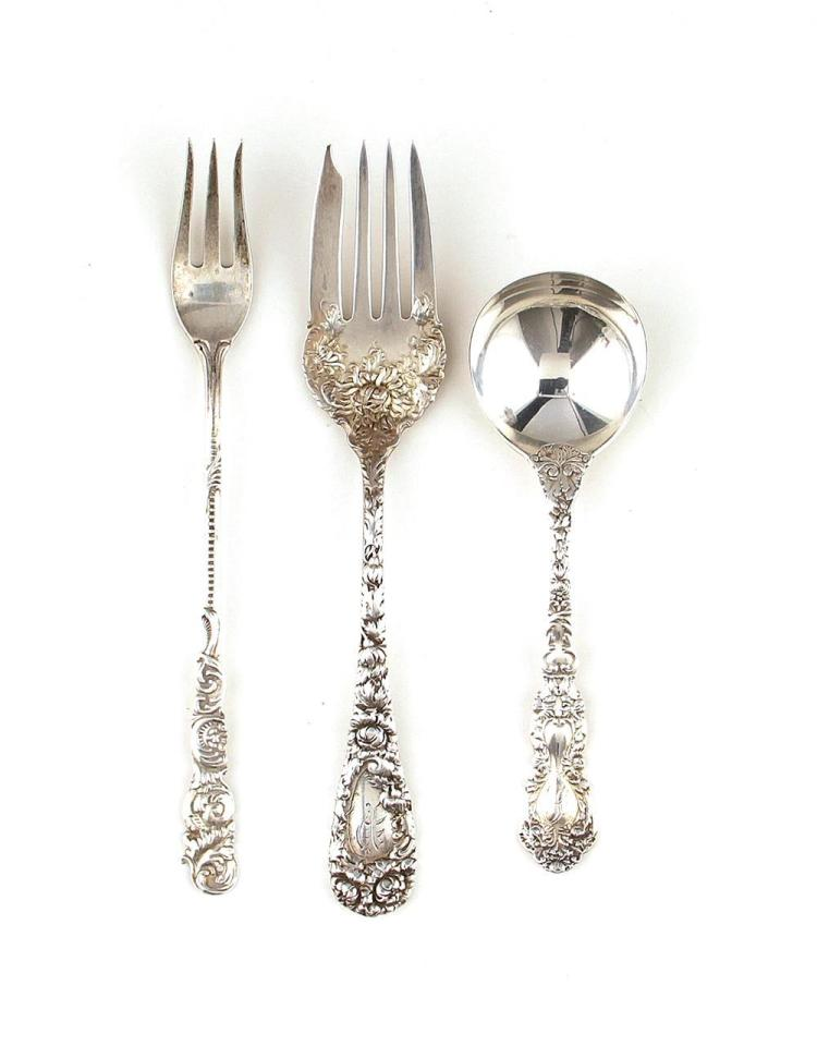 American ornate sterling forks and spoons (32pcs)